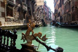 Прогулка на гондоле в Венеции