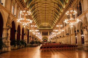 Зал венской ратушы
